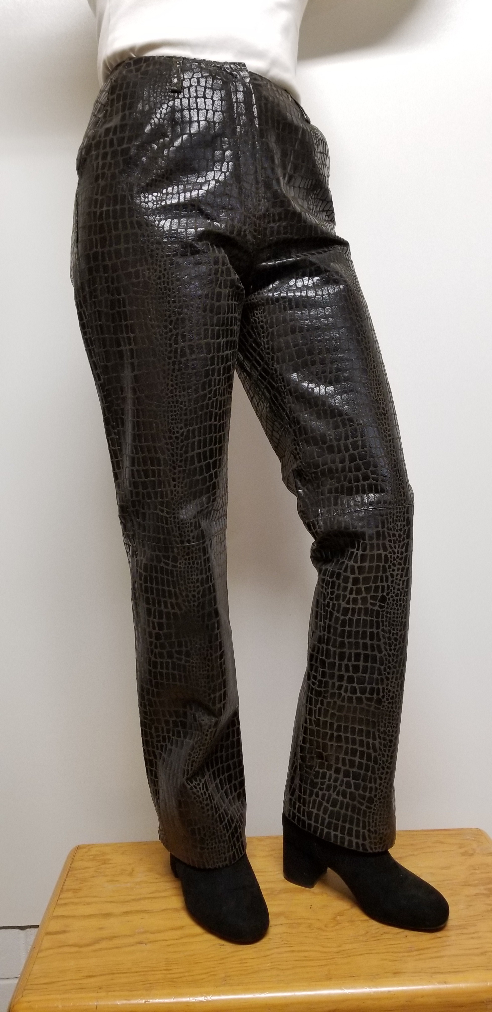 Women leather pants with animal print color Dark Brown
