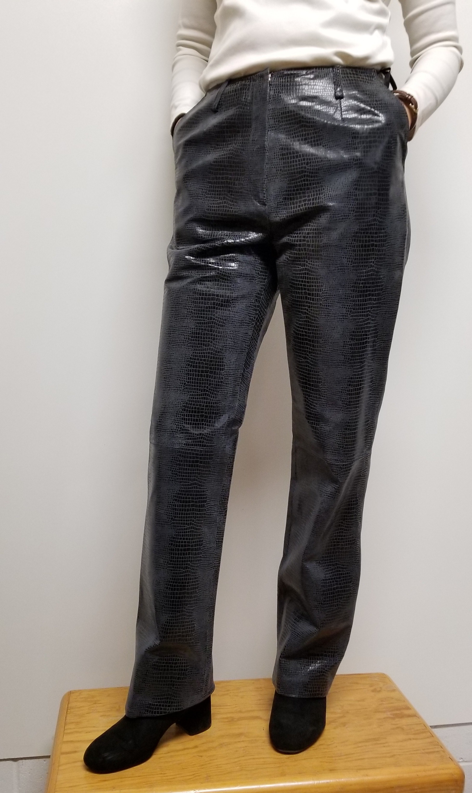 Women leather pants with animal print color Black on Gray